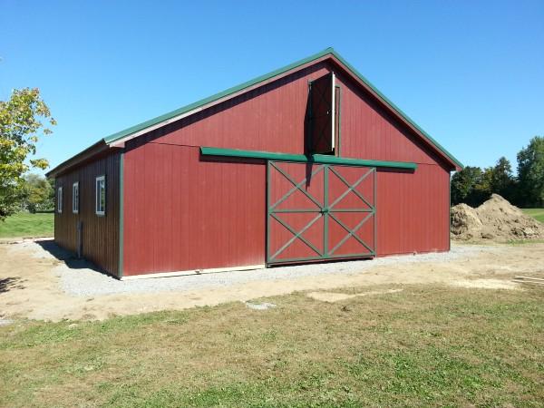Amish Built Horse Stalls : The amish group horse barns
